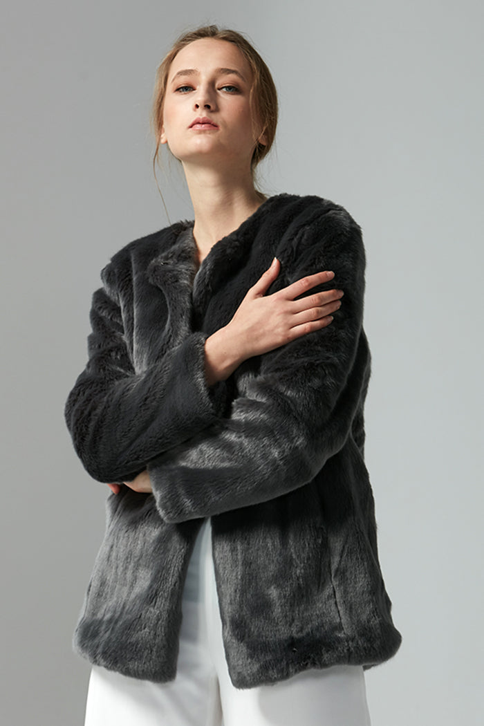 Marilyn - Luxe Faux Fur Jacket - Zelle Studio