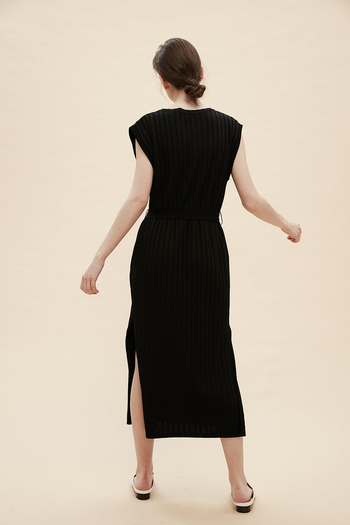 Nadia - Knitted Dress With Tie Waist - Zelle Studio