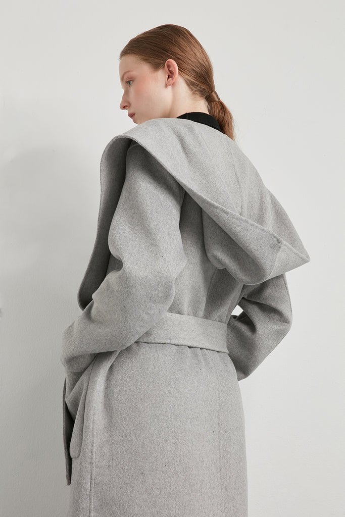 Handmade oversized hooded wool coat - Zelle Studio