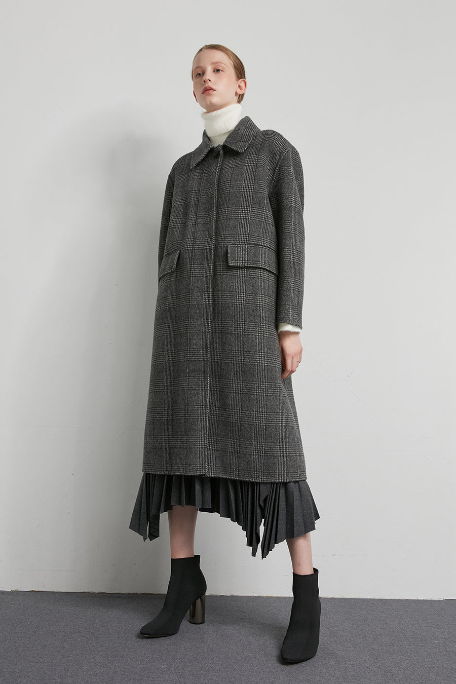 Oversized wool checked coat