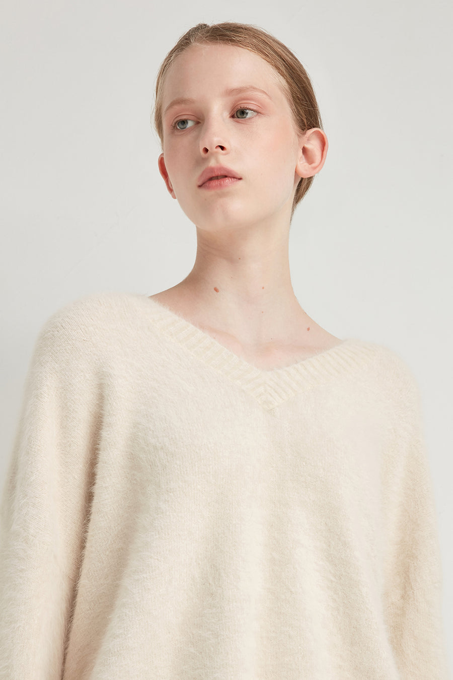 Oversized v-neck angora and wool-blend pullover