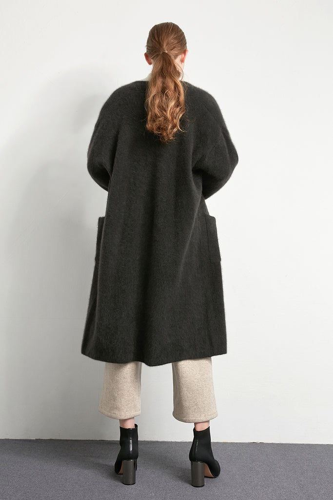 Fluffy oversized cardigan - Zelle Studio