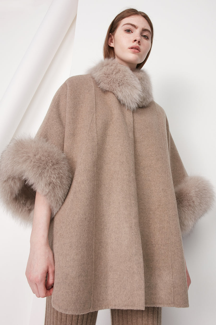 Cashmere and wool-blend poncho - Zelle Studio
