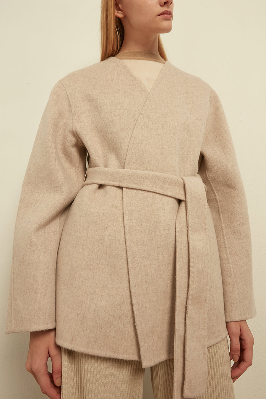 Voluminous belted wool coat - Zelle Studio
