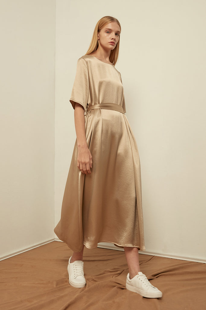Satin dress with waist tie - Zelle Studio