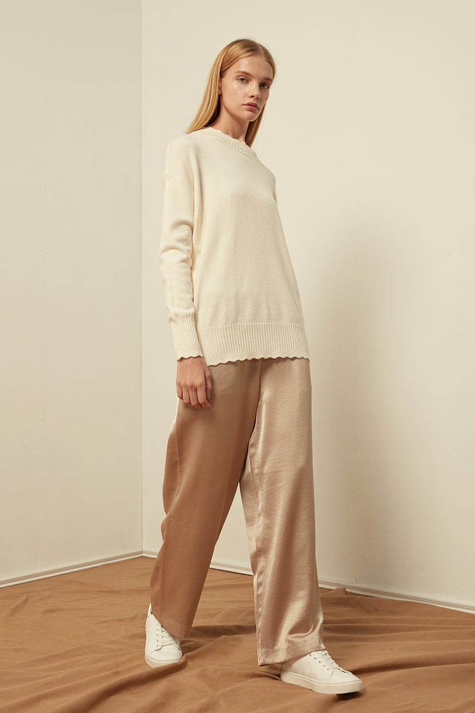 Scallop-edged pullover - Zelle Studio