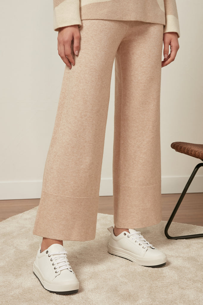 Elasticated basic trousers - Zelle Studio