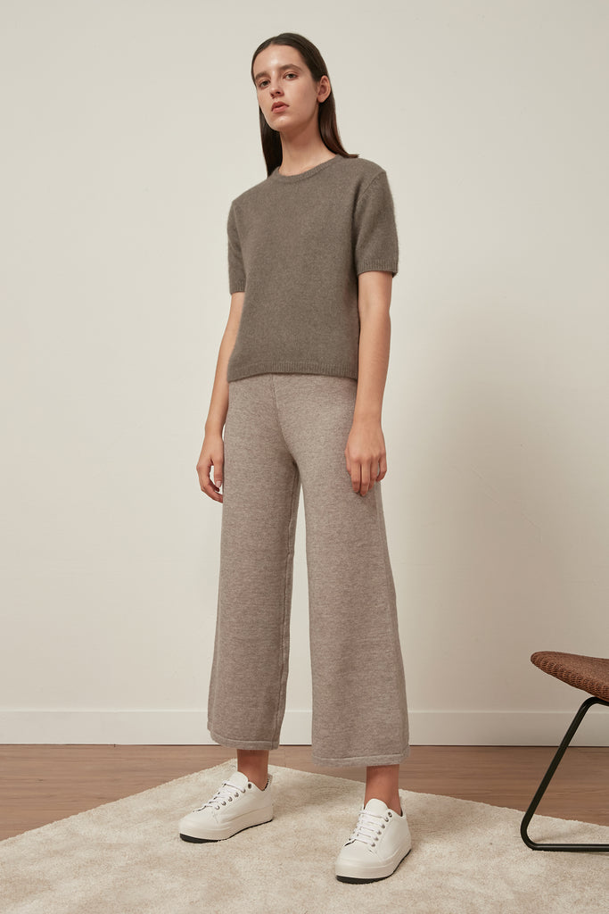 Elasticated wool-blend trousers