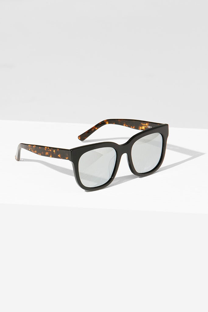 Handmade Acetate Sunglasses with Contrasting Pattern - Zelle Studio