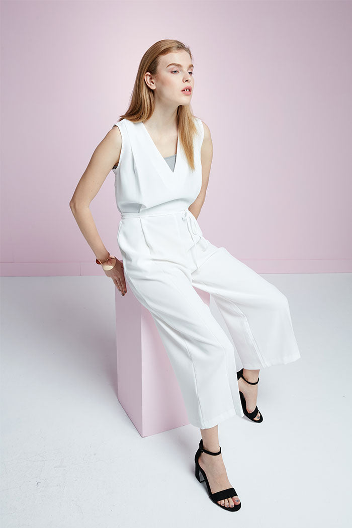 Mercedes - White Jumpsuit With Thin Tie Belt