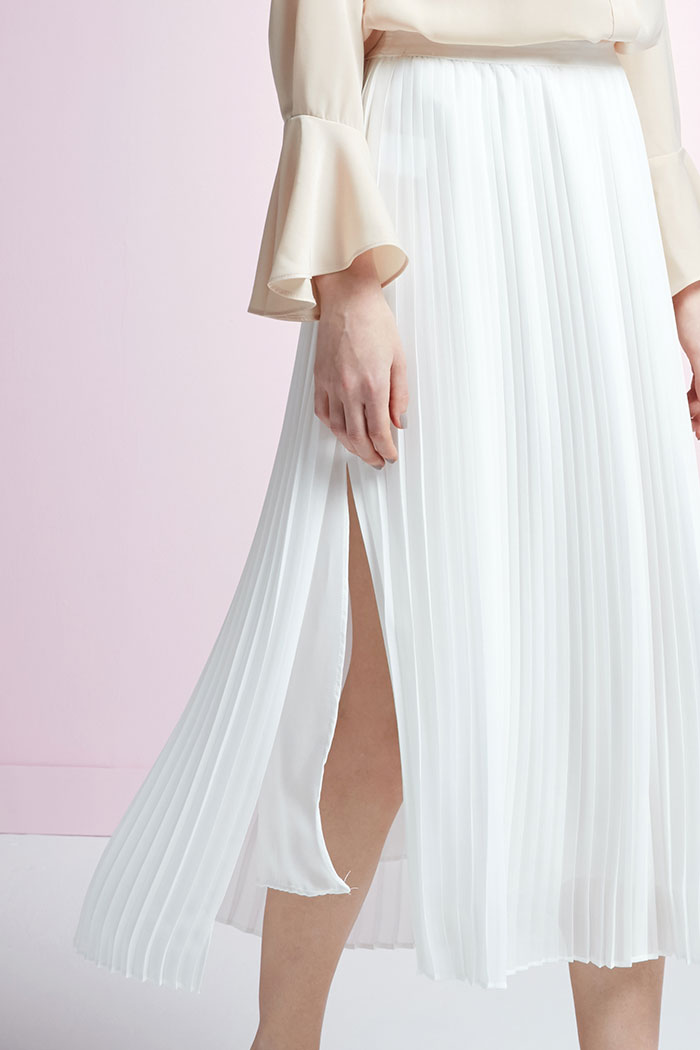 Arlene - White Pleated Skirt