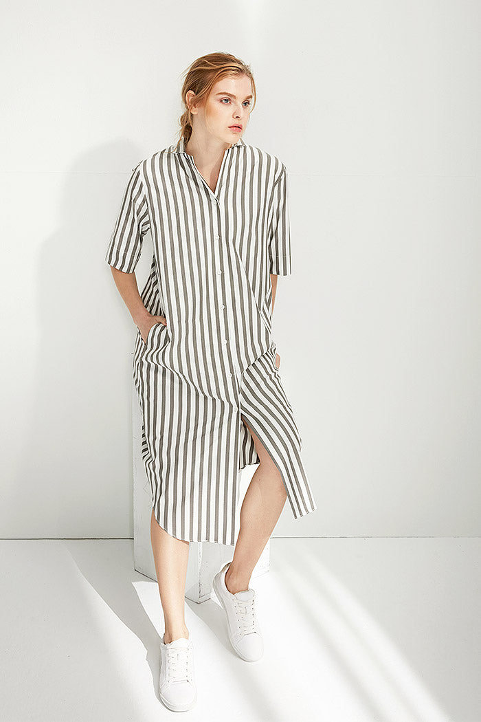 Cynthia - Striped Short-Sleeved Button Down