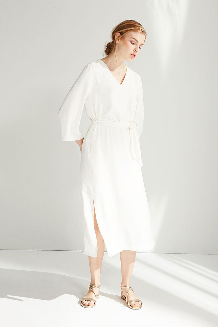 Shirley - White Long-Sleeved Dress With Sash