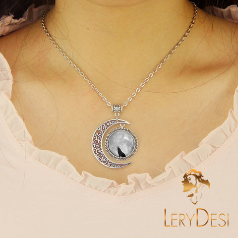 LERYDESI Free shipping,Wolf Necklace,Wolf jewelry,Lonely Wolf pendant,animal,grey,dark clouds Pendant,moon necklace,custom picture art pendant.man jewelry,