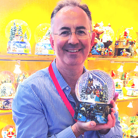 Barretts of Woodbridge new German Musical Snow Globes