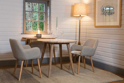 Shoreditch Round Table with Lauren Chairs web