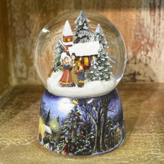 'Carol Singers and Church' Christmas Musical Snow Globe
