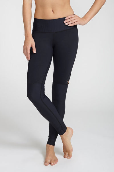 Track & Bliss-Legging-JUJA Active-Star Cut-Out Leggings