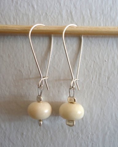 Vanilla Dots Loop Earrings
