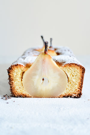 Cardamom Cinnamon & Poached Pears Loaf Cake Recipe