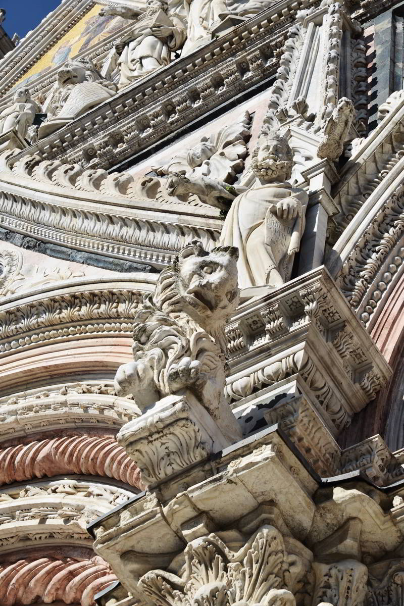 Cathedral of Siena Details
