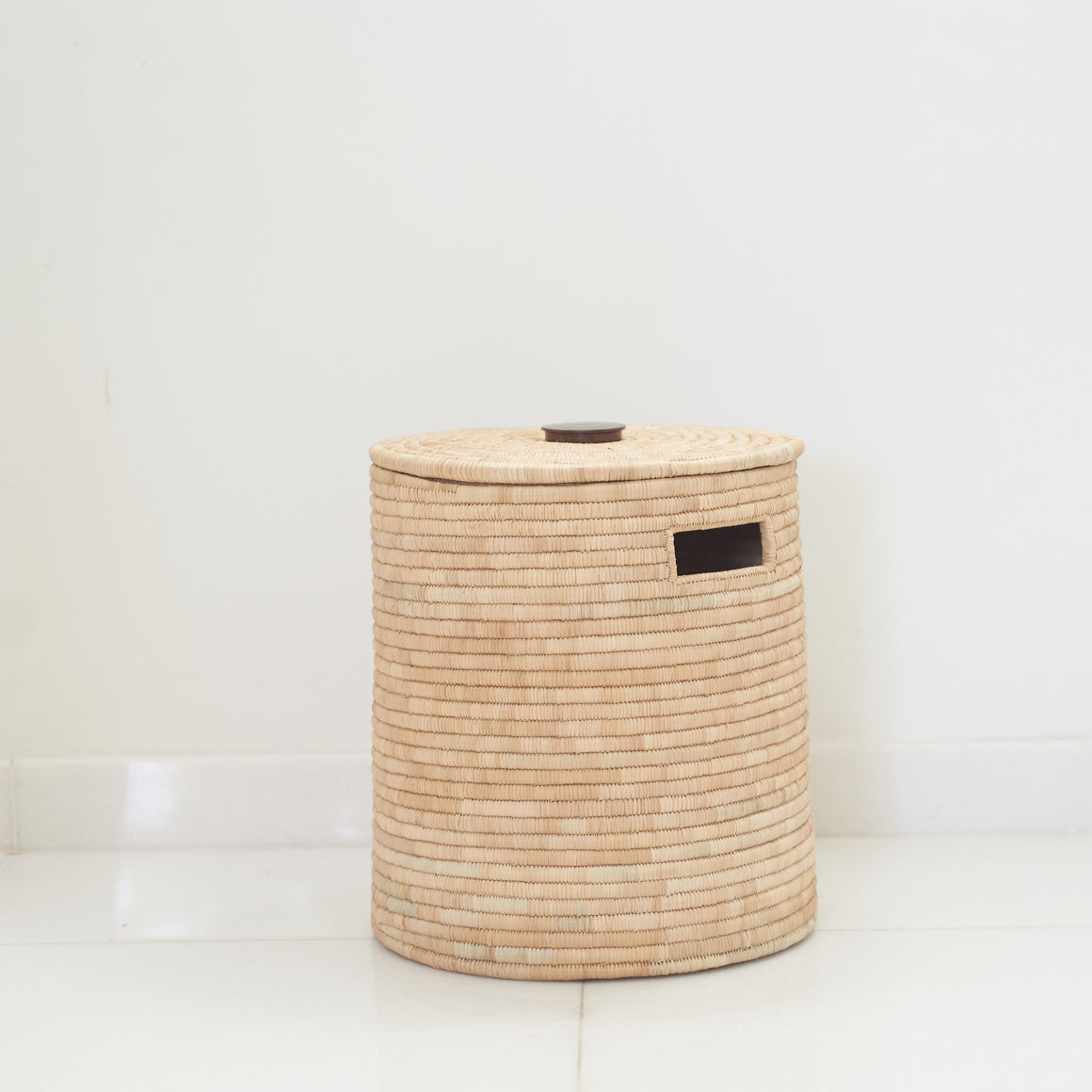 Malawi Palm Leaf Washing Basket With Mahogany Handle, Natural