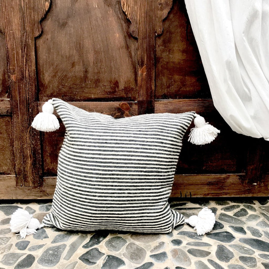 Cinnamon Thin Stripe Cushion / وسادة