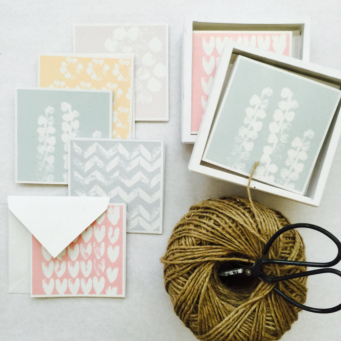 Gift Card Boxset - 100% Handmade Paper and Box