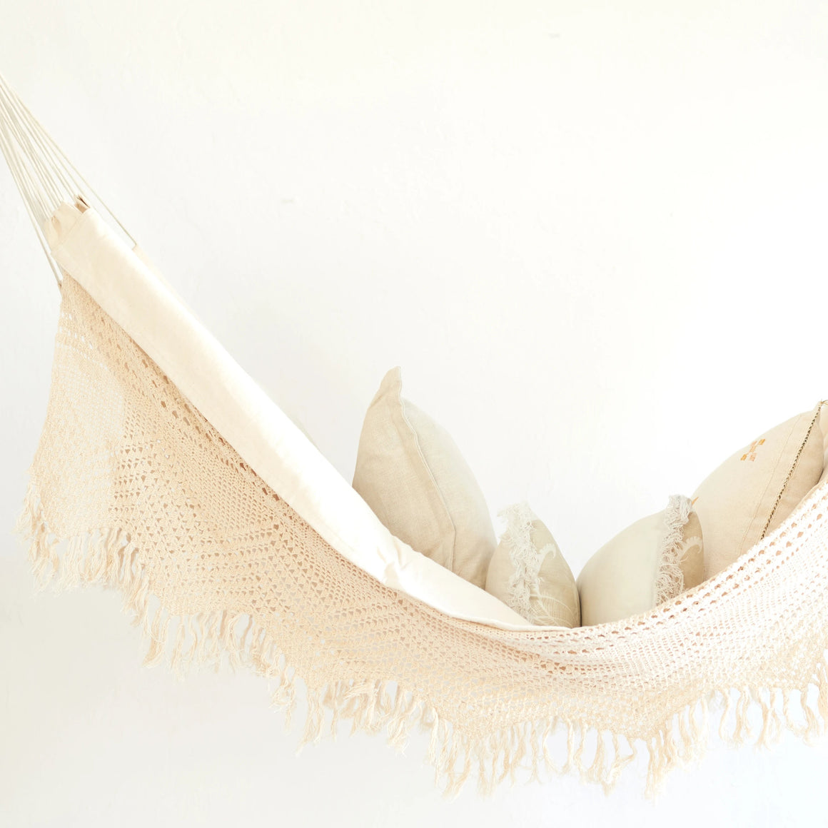 Single Sling Hammock With Fringe