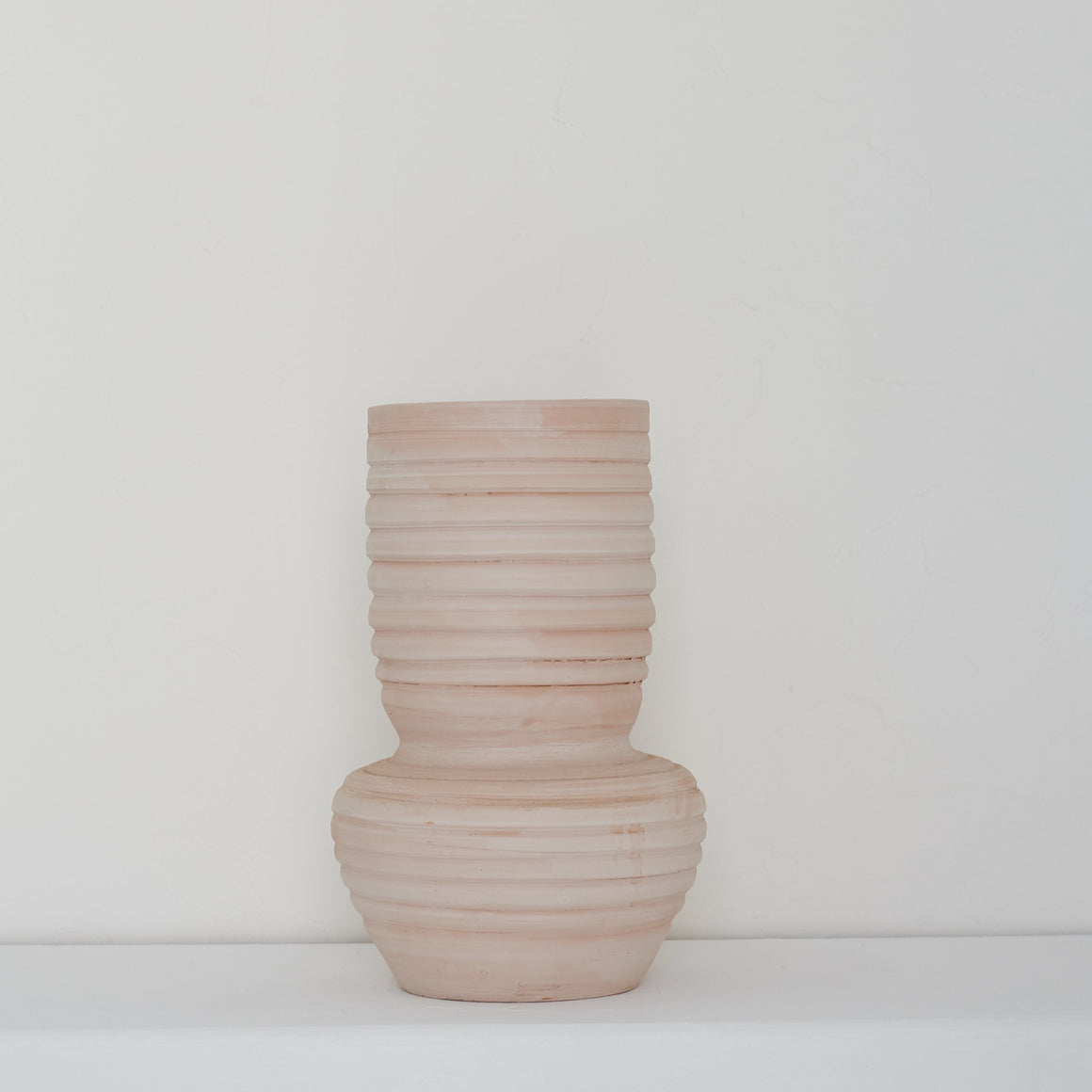 Earth Collection - Hati Vase, White Washed /سيراميك