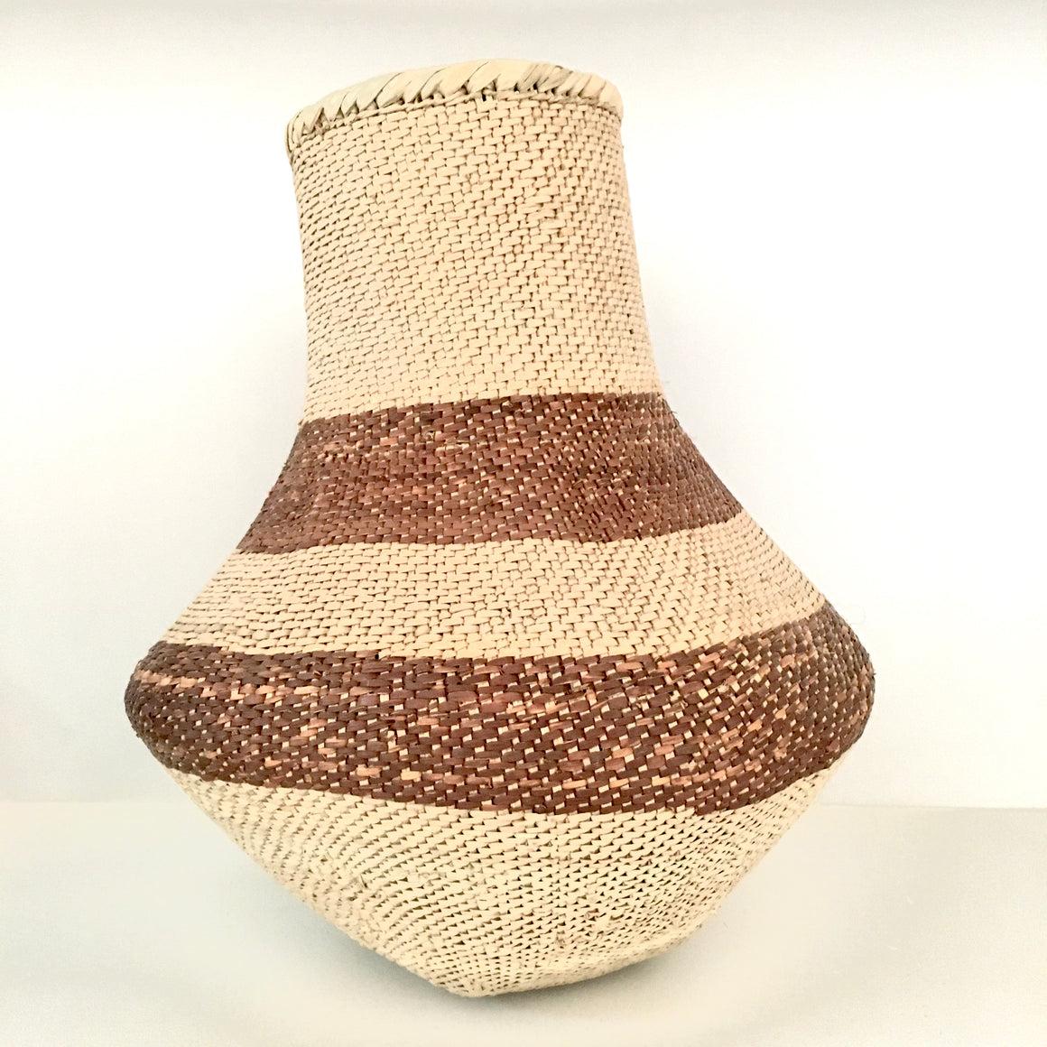 Binga Pot, Brown Stripe / وعاء