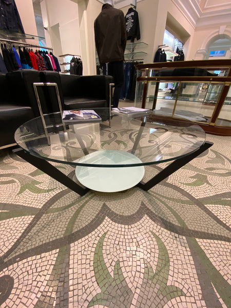 #16 > Large Round Glass Table [SOLD OUT]