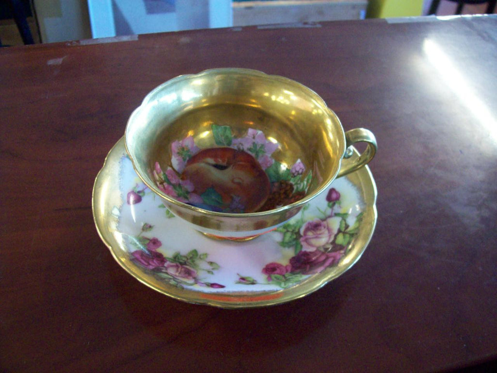 Tea cup and saucer Saji Golden Rose 9083