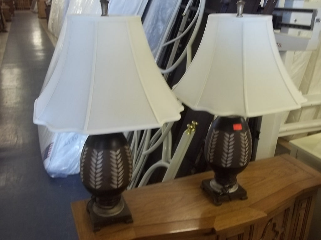 Lamps with shades, brown and tan 9344