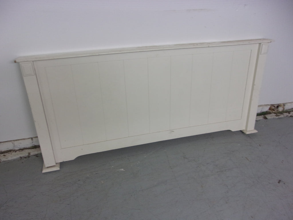 Queen white footboard W1002