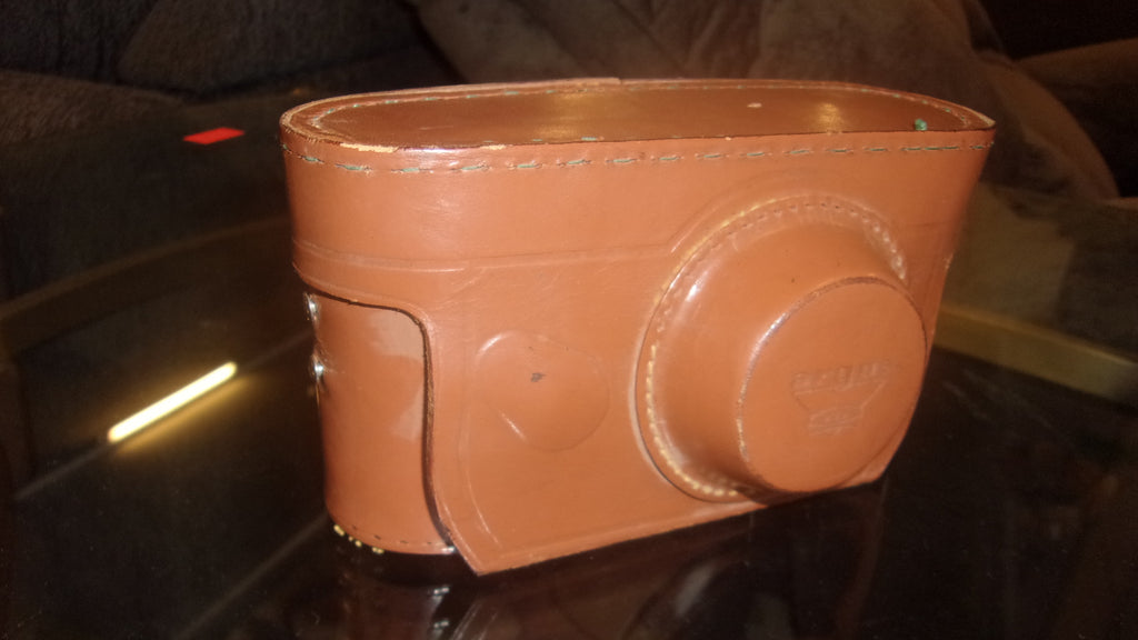 Argus camera real leather clay colored casing 16469