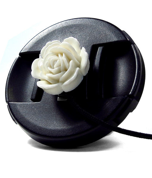 Mod Straps White Pop Flower Lens Cap Keeper