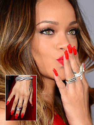 Rihanna and her multiple rings