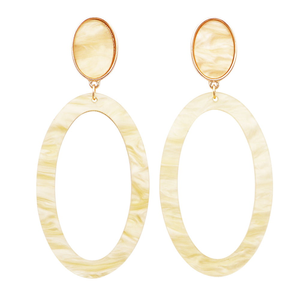 Lucite Oval Hoop Statement Earrings (natural)