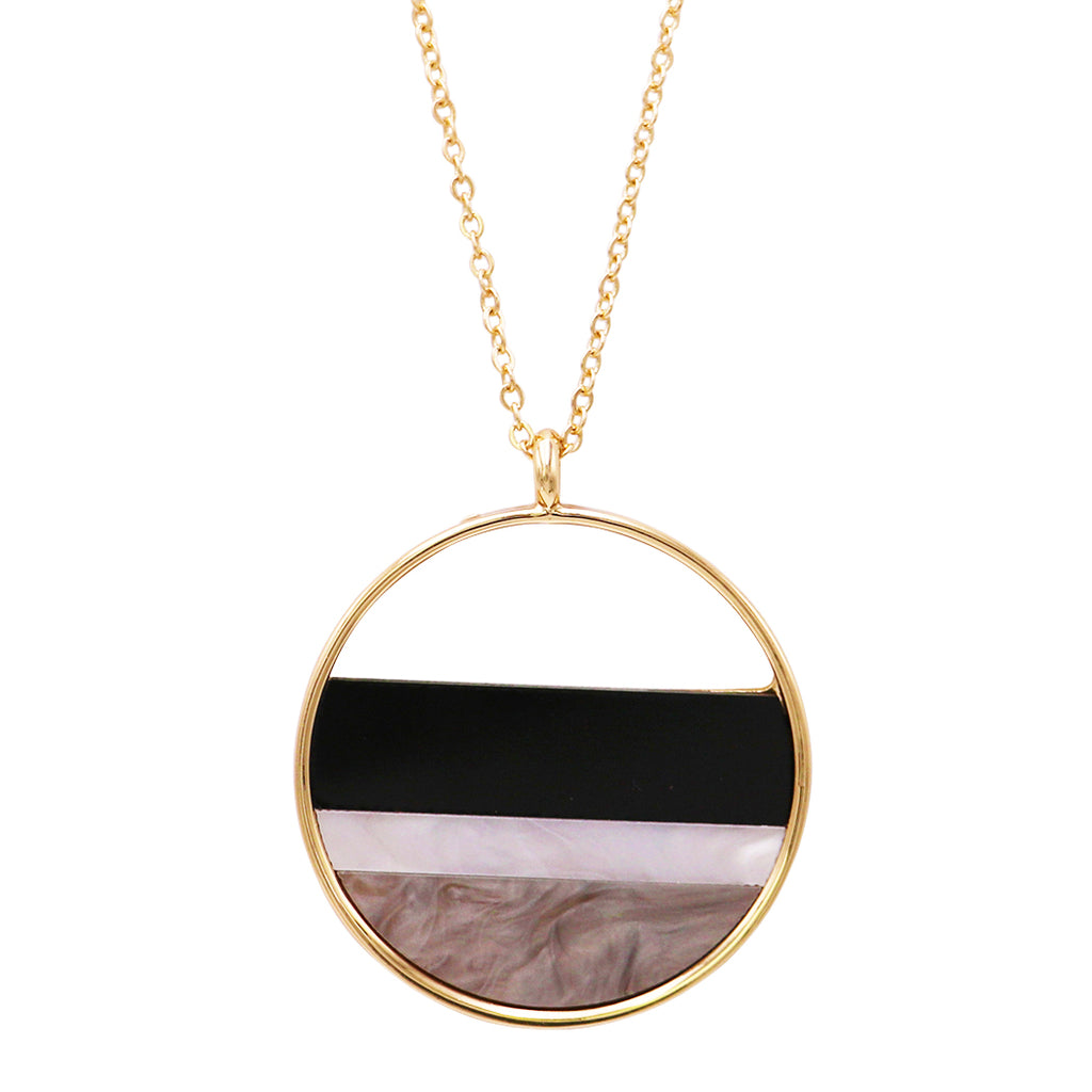 Lucite Stripes in Gold Tone Ring Long Necklace (Black)