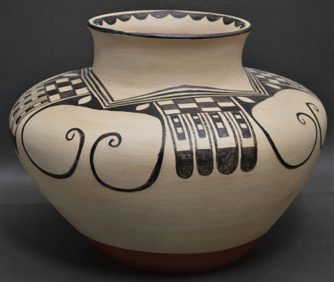Native American, Vintage Santo Domingo Pottery Olla by Arthur and Hilda Coriz, Ca 1980's, #1499