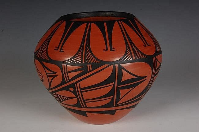 Native American Pottery Red : Jemez Polished Red Pot, by Donald Chinana #9
