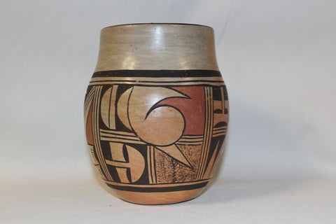Hopi Pottery : Native American Hopi Pottery Jar, signed by A. Honie #52 Sold