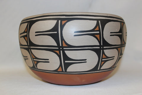 Native American : Native Amerian Santo Domingo Pottery Bowl, by Alvina Garcia #79 Sold