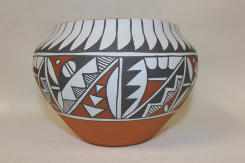 Pottery Jar : Beautiful Native American Jemez Pottery Jar, by Mary Small #80 Sold