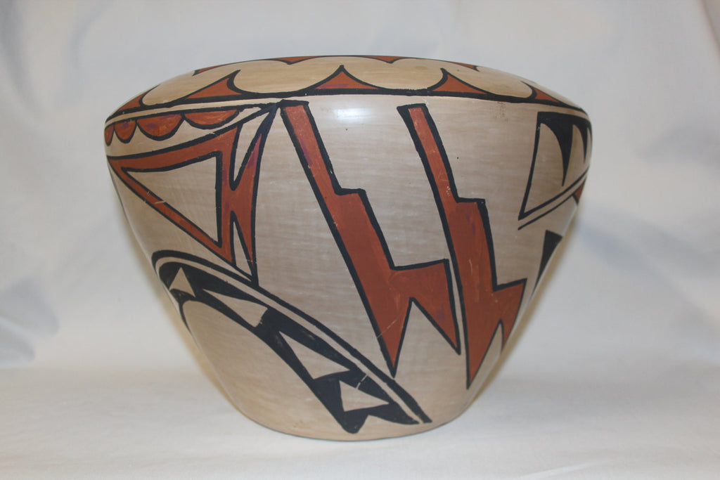 Pottery Jar : Native American San Ildelfonso Potty Jar, signed by Carlos Sunrise Dunlap #110