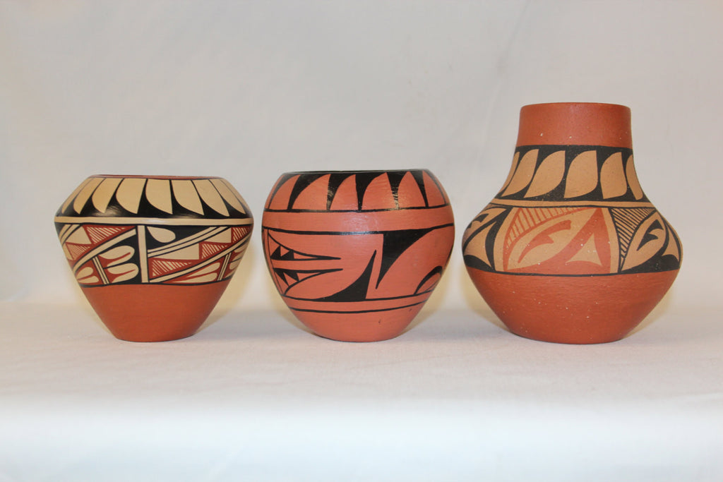 Native American Pottery : 3 Native American Jemez Pottery Jars, by D. Tosa, Toy, and M. Toya #120