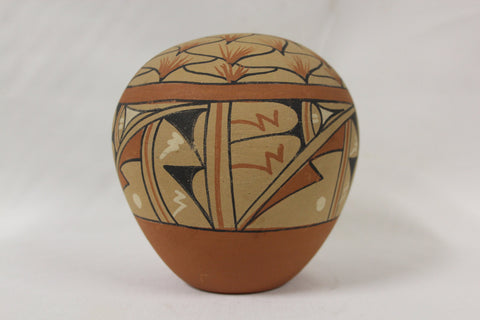 Seed Jar : Native American Jemez pueblo Polychrome Pottery Seed Jar, signed by Jo Toya #122 Sold