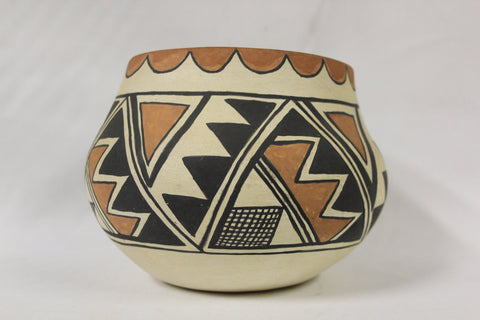 Native American Pottery : Native American Isleta Pottery Bowl, Signed by Lucy R. Jojola #138 Sold