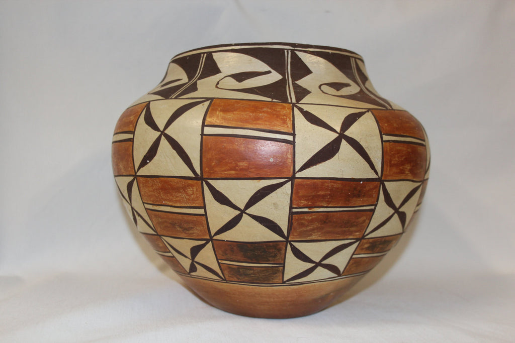 Arizona Pottery : Native American Laguna Pottery Jar #151